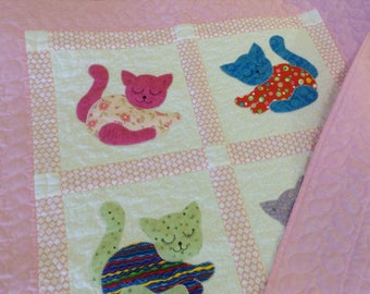Baby quilt toddler nap blanket kitten appliqued quilt for children 37 x 48