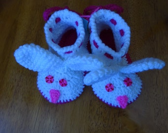 Crochet Pink and White Bunny Slippers/Booties, Toddlers size 7-8,sole 5.5 inches, girls