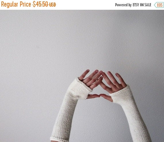 February Sale CREAM Woolen Fingerless Gloves / Arm  Warmers - Made to Order hand knit in fleece white pure wool - Women's Fall & Winter Acce