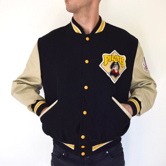 SPRING SALE/ 20% off Vintage 70s 80s Pittsburgh Pirates Official MLB Wool and Leather Varsity Letterman Jacket (size medium, large)