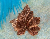 ANTIQUE COPPER Leaf Stamping ~ Jewelry Ornament Findings (FB-6039)
