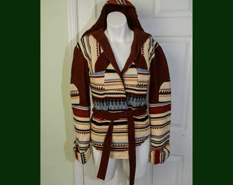 Vintage 1970s Quilted Geometric Hooded Ethnic Print Wrap Jacket