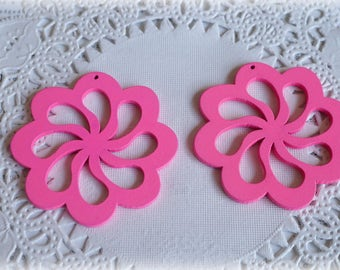 2 x Hot Pink Wooden Flower Charms Pendants