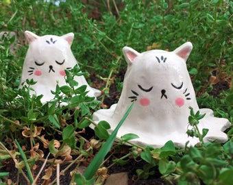 Ceramic ghost kitty figurine