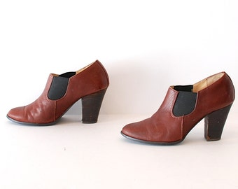 size 6.5 CHELSEA brown leather 80s 90s MINIMAL low cut pull on ankle boots