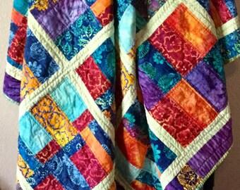 Gift Idea, Throw Quilt, Quilted Bedspread, Batik Quilt, Quilted Bedroom Decor, Bed Linen, Quilted Throw, Cotton Quilt