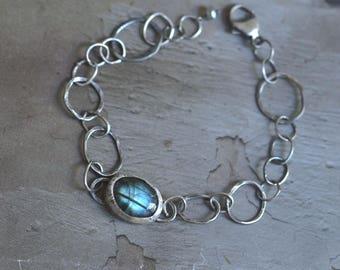 Oxidized Sterling Silver Labradorite Bracelet - Dark Silver Link Bracelet - Labradorite Bezel Bracelet