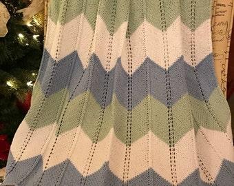 Wide Chevron baby blanket / Knit Baby Blanket / Baby Blanket / Hand Knit Baby Blanket / Big Blanket / Handknitted Blanket for baby - Boy