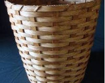 Amish Hand Made Round Waste Basket