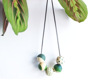 Scandi necklace wooden wood beads green greenery