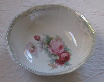 roses and forget me not .  porcelain bowl .  salad Bowl .  lusterware bowl . roses bowl, forget me not bowl . Germany . Otto Grunert