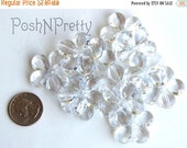 25% OFF TILL11/25 Dozen Flower beads 1 inch - 12 pieces