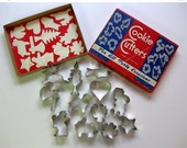 Winter Sale - Vintage Full Box of Cookie Cutters for all Occasions, 12 Cookie Cutters