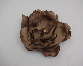 Light Brown Bridesmaid Hair Flower Clip, Wedding Hair Flower Fascinator,Bridal Party Accessories, Bridal Hair Fascinator,Wedding Hair Piece