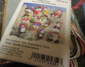Felt Kit Herrschners 50-5352 DWC 5252 Ornaments Lotsa Fun Snowman Complete and Ready to Make 13 Ornaments