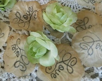 Table scatter, soft Ivory wedding confetti, Flower Girl Petals, Wedding Rose Petals, Petal Decorations, Rustic wedding decor, Centerpiece