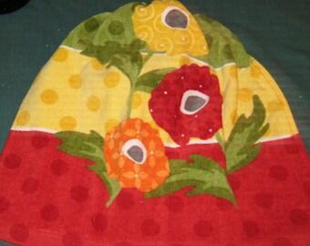 Crochet Kitchen Hanging Towel, Three flowers, Ritz design, red top