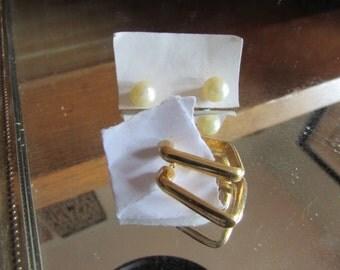 pearl hoop post