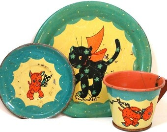 30's Tin Toy Tea Setting, Gingham Dog & Calico Cat, Cup, plates, 3 piece set.