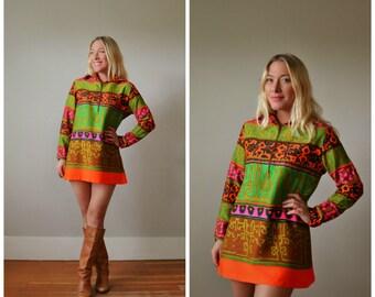 1960s Mod Mini Dress or Tunic >>> Size Extra Small to Medium
