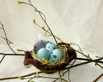 Felted Easter Eggs in Bird Nest, Handmade Easter Eggs, Table Decoration, Blue Eggs Easter Spring Decor, Felted Egg Ornaments, Felt Bird Nest