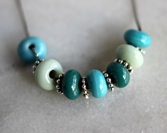 Turquoise Blue Necklace, Aqua Blue, Mint Green, Teal, Glass Beaded Necklace