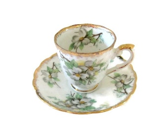 Trimont Ware porcelain demitasse cup and saucer set - Cherry blossoms - Japan