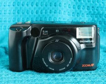 Olympus Infinity Zoom 230 35mm camera working