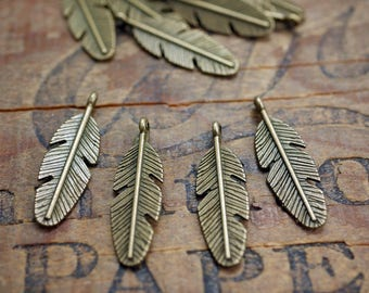Feather Charm Antiqued Brass Pewter Double Sided Feather Charm (4) P81