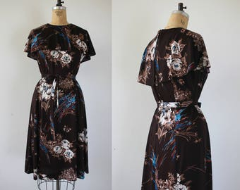 vintage 1970s dress / 70s brown roses and butterfly dress / 70s polyester dress / 70s plus size dress / 70s novelty print dress / XL