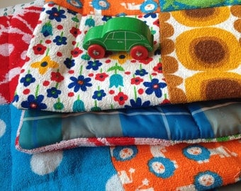 Retro Baby blanket made by Koosidesign