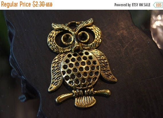 APRIL SALE Reduced - X Large Antique Dark Bronze Gold Owl Pendant wtih Settings on Eyes -45mmx 35mm- 1 pc