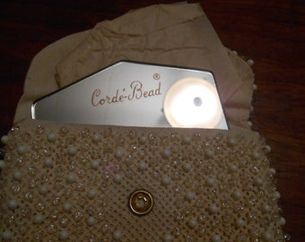 Vintage 50's White on cream Corde'-bead change purse