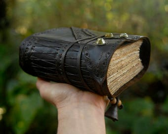 The Wandering Spirit - Rustic Leather Journal, Hand Bound, Over 380 Tea Stained Pages, OOAK