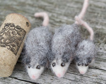 Needle Felted Opossum, Tiny or Micro