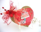 Winged Cupcake Heart Deluxe Collage Art Gift Tag~valentine gift tag~apricot~gold~red~kraft~pink~~arty hang tags~gift bag SWAG
