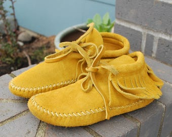 Vintage Kids Moccasin Slippers Guilmox