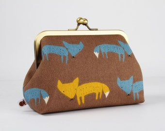 Retro frame purse - Cute foxes on taupe grey - Trip purse / Japanese fabric / Blue yellow white brown