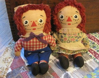Pair of Charming Small Knickerbocker Raggedy Ann and Andy Cloth Dolls