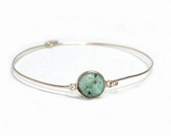 NEW! Sterling silver light green Chrysoprase bracelet - Minimal,artisan,boho,semiprecious,narrow,bangle,green,gem,free worldwide shipping!
