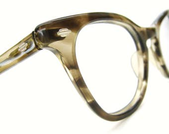 Vintage 60s Art Craft Marbled Horn Rim Cat Eye Eyeglasses Frame Leading Lady