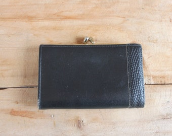 black leather wallet by Tilley | women's leather wallet & coin purse with kiss lock clasp