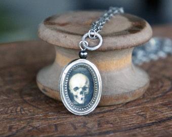 Antique French Memento Mori Sacred Heart Reliquary Pendant Neckalce
