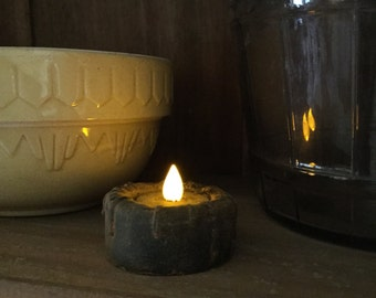 Primitive Blackened Beeswax Cupboard Light/Battery Tea Light  #526