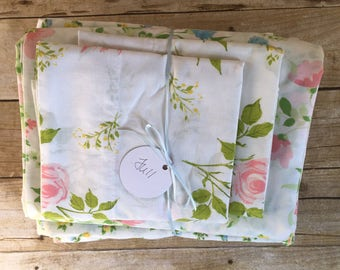 Vintage Remixed Full Sheet set in white and pastel flowers / full flat sheet / full fitted sheet / vintage pillowcases