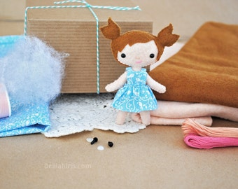Felt Doll Sewing Kit * Make Your Own Mini Doll * DIY Craft Kit Mini Doll Sewing Pattern * Handmade Dollhouse Doll * Kawaii Doll