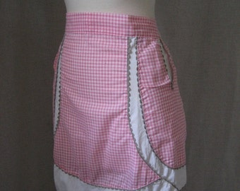 HOLIDAY SALE CLOSING Sale Vintage handmade pink gingham apron with pockets and grey rickrack trim