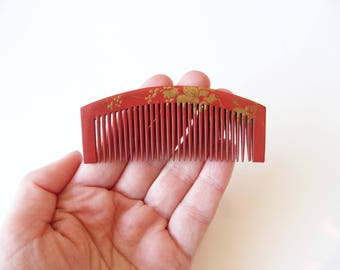 Japanese Kushi Comb Red With Delicate Golden Bronze Design Nihongami Hair Ornament Ornamental Comb