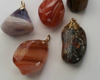 Polished Stones Pendant Set