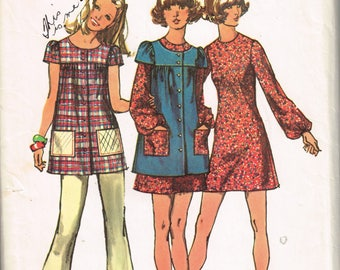 70s Smock or Tunic Mini Dress Pattern Simplicity 9834 Boho Hippie Short Sleeved Smock With Dress or Flared Pants Vintage 1971 Sewig Pattern